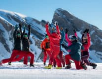 Group of people ski skills lesson in Interlaken